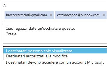 Scelta delle opzioni Solo visualizzazione e Accesso obbligatorio nel messaggio di invito