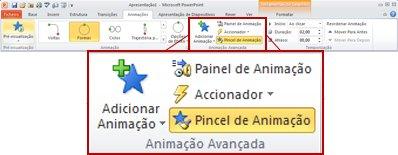 Separador Animações no friso do PowerPoint 2010.